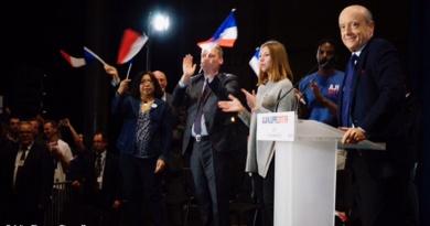 Juppé meeting Lille primaire président jeunes Grand Palais